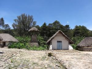 Pueblo central de Nabusimake, campanario.